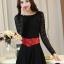 ชุดเดรสสั้นสีดำ แขนยาวลูกไม้ พร้อมเข็มขัดสีแดงเข้าชุด ( size XL )